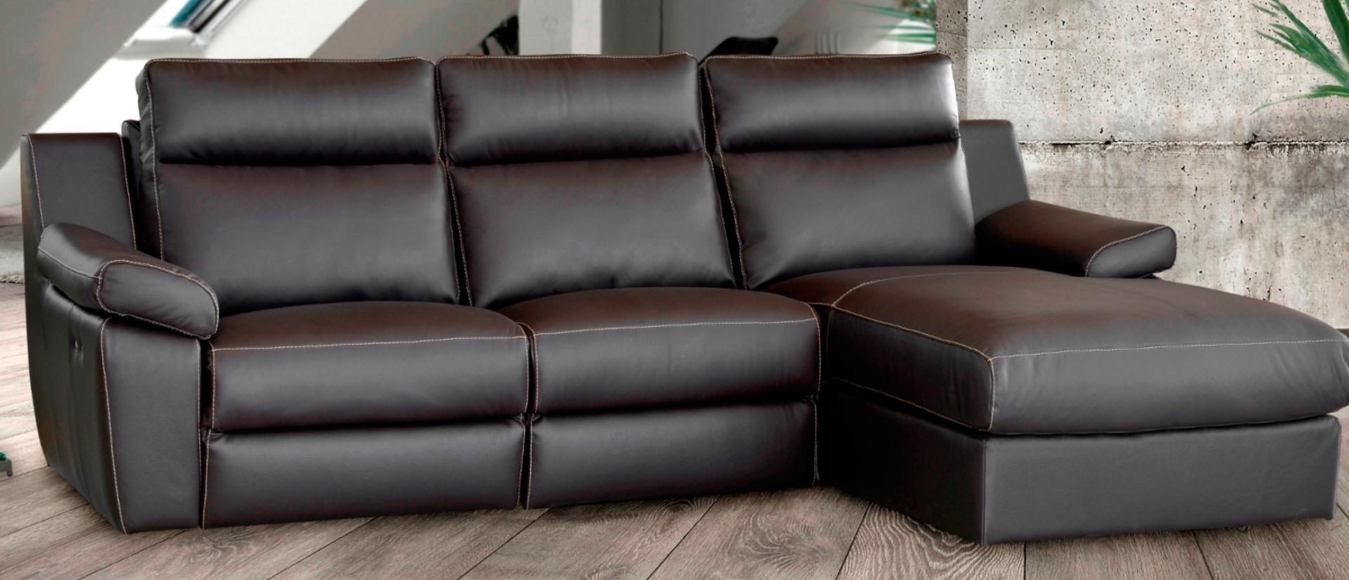 sofa de cuero en la coruna